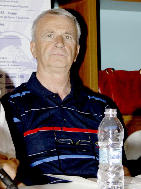 проф. Анастас Славчев